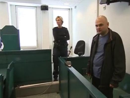 Владимир Антонов в зале суда. Фото: ЭТВ .