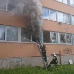 Пожар в здании школы Тондираба. Фото: Спасательный департмент.