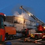 Тушение пожара на станции переработки отходов. Фото: Спасательный департамент.