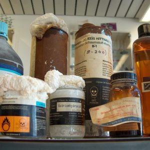 Опасные химикалии. Фото: pixabay.com.